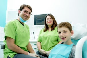 Zahnarzt Köln-Ostheim - Kroll & Apostologlou - Leistungen - Kinderzahnheilkunde