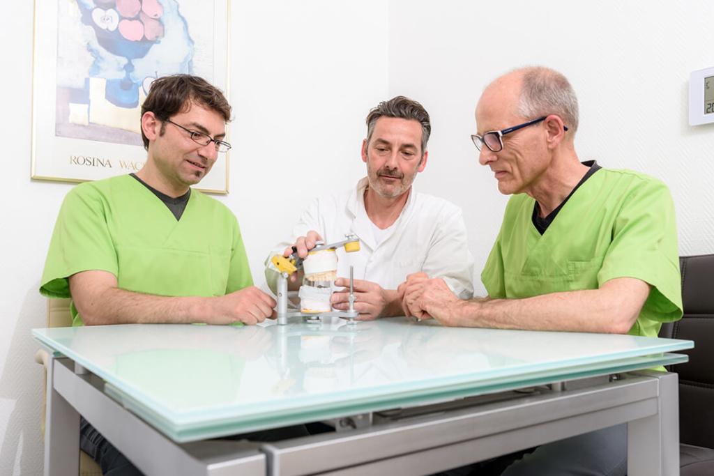 Zahnarzt Köln-Ostheim - Kroll & Apostologlou - Leistungen - Prothetik