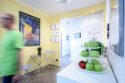 Zahnarzt Köln-Ostheim - Kroll & Apostologlou - frische Äpfel